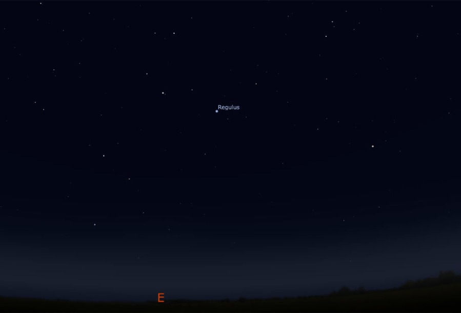 The bright star Regulus is in the east after sunset (Screengrab: Stellarium).
